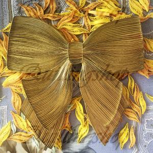 Golden bow, vertical quilling (Vlasova Olga)