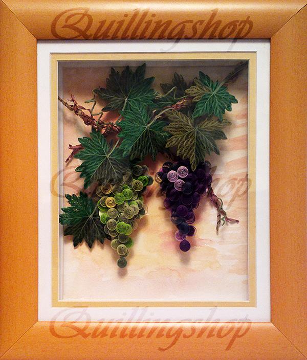 """Картина """"Зеленый и синий виноград"""" в технике квиллинг. Автор: Ольга Власова (компания QuillingShop ™)"""