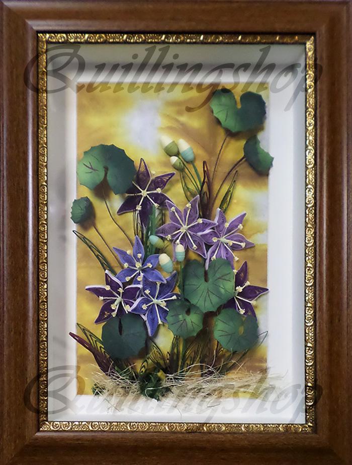 """Картина """"Болотные цветы"""" в технике квиллинг. Исполнение: Собакина А. под руководством Власовой О.А. (компания QuillingShop ™)"""